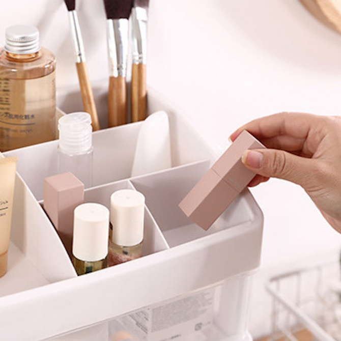 Cosmetic Storage Box Kotak Kosmatic Cosmetics Organiser Makeup Box Skincare Desk Organiser Desktop Storage Box Desktop Organizer Table Storage Box Remote Control Holder Stationery Container Brush Lipstick Eyeshadow Nail